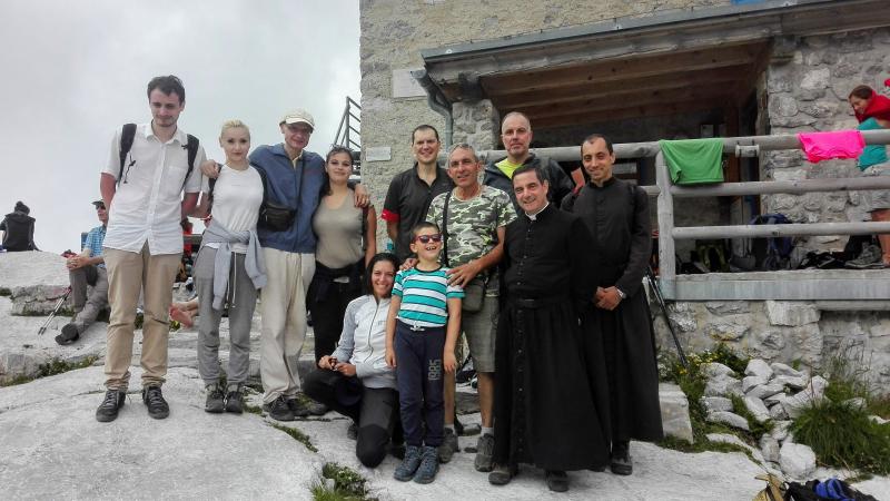 A 2480 metri, rifugio XII Apostoli